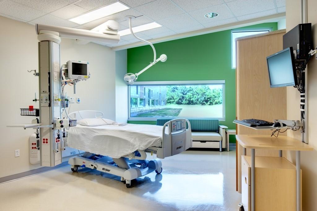 Patient_Room_3lr